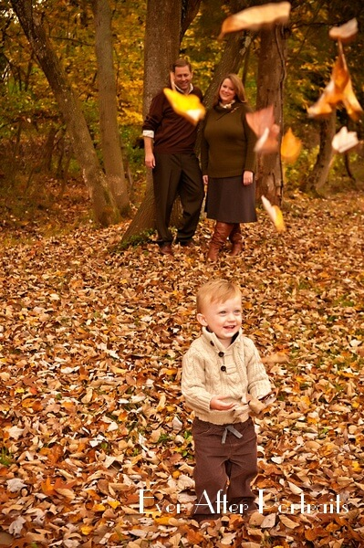 Falling-Leaves-Fall-Moppet-Memories-Portrait-Photography-001