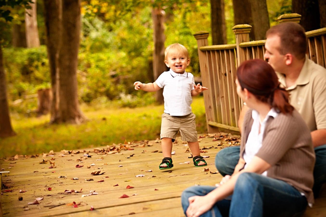 child, portrait, bridge, outdoor, natural light, Northern VA