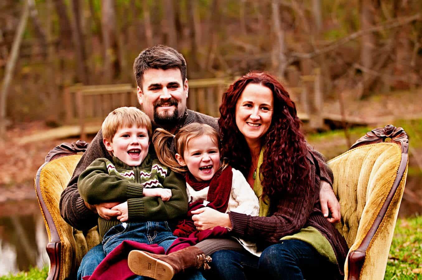 family, portrait, outdoor, sofa, Northern VA