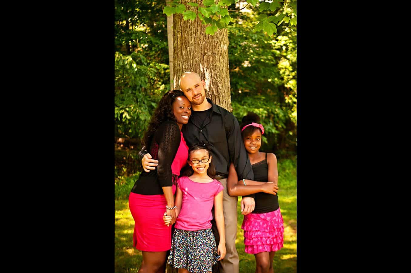 family portrait, outdoor, trees, natural light, Northern VA