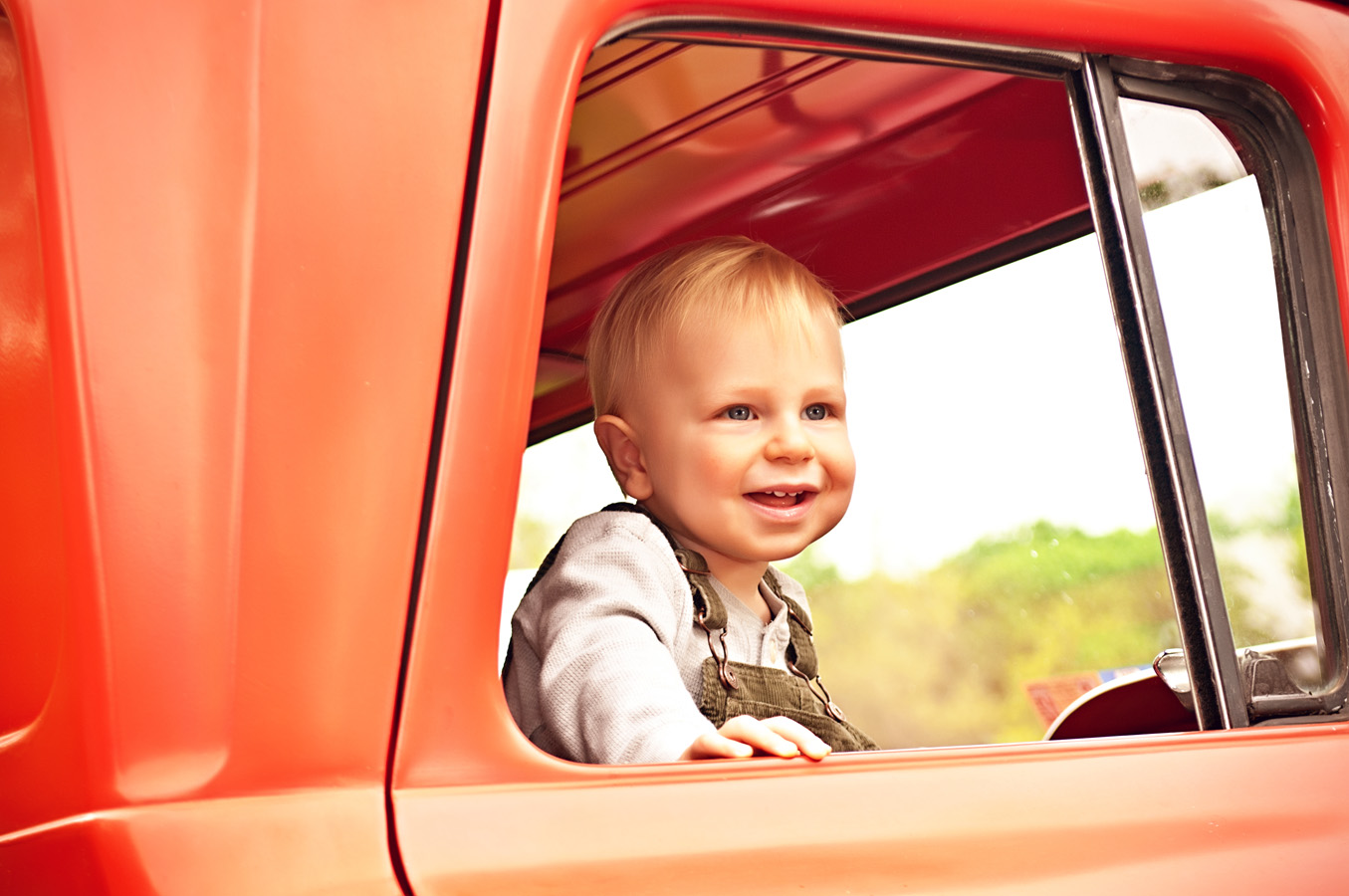 child, portrait, truck, outdoor, natural light, Northern VA
