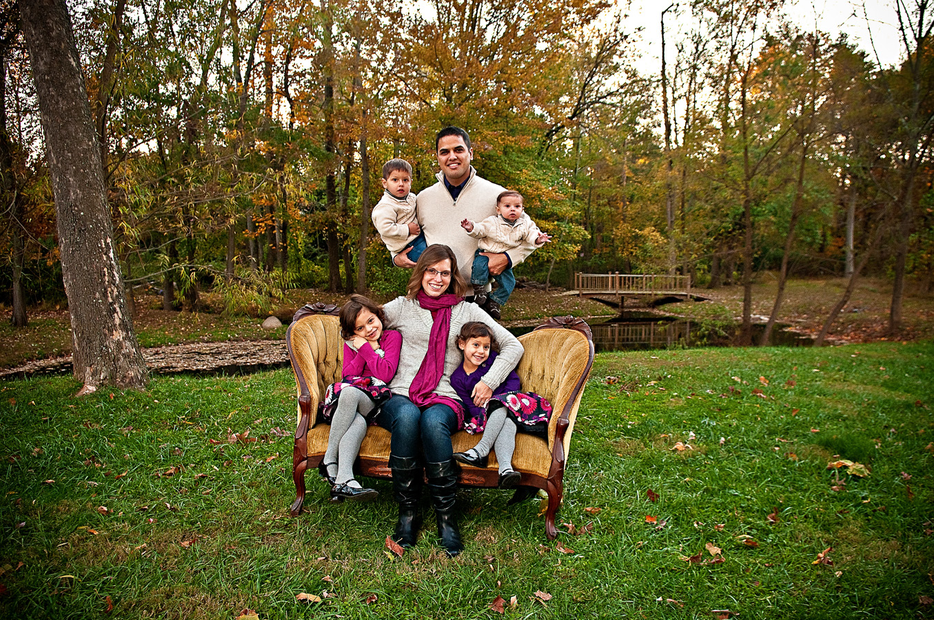 family, portrait, outdoor, sofa, natural light, Northern VA
