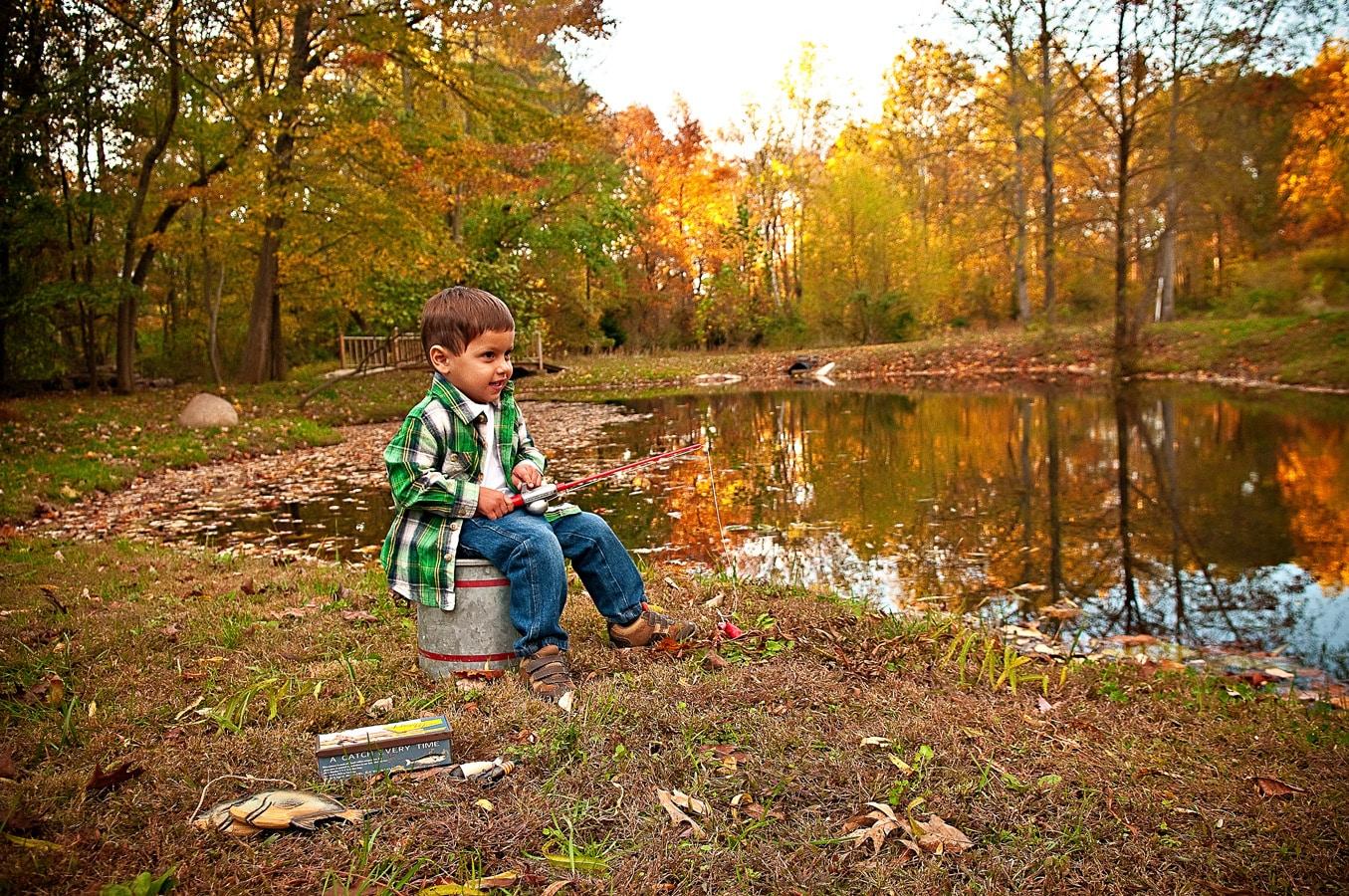 child, portrait, outdoor, pond, natural light, Northern VA
