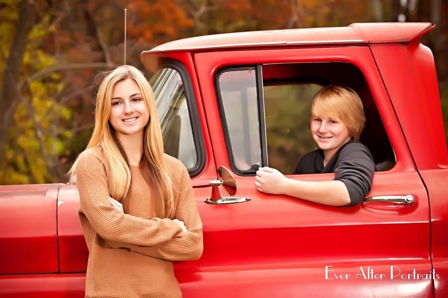 Vintage-Visions-Truck-Family-Portrait-Photography-004