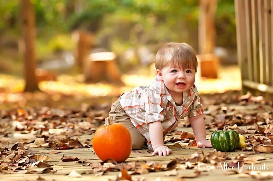 kids portraits with pumpkins