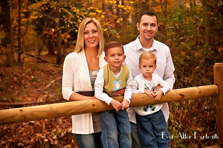 Shades-Of-Autumn-Fall-Family-Portrait-Photography-001