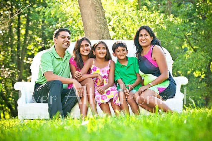 04-family-outdoors-summer-northern-va-family-photographer