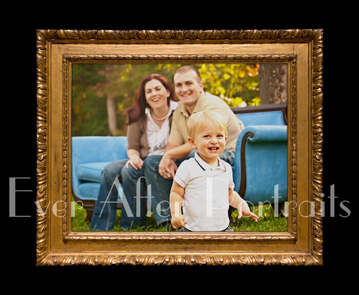 00-professional-photographer-Portrait-Park-Framed Family