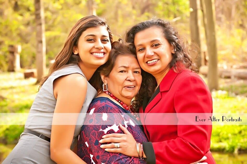Clivia, Mayra & Enriqueta, Family Portraits | Northern VA Family Photographer